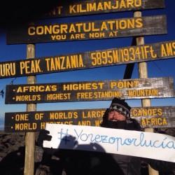 Tono de Hevia (XXIII) en el Kilimanjaro