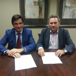 Firmado el acuerdo de colaboración de Alumni con Fundación Iniciativa Social