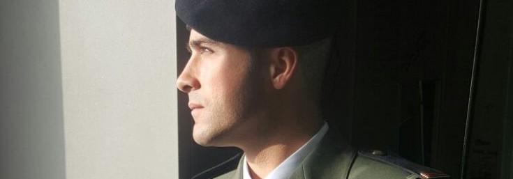 Santi Mira de paracaidista