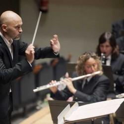 Bernardo Mora Fandos (XVI) dirige en París